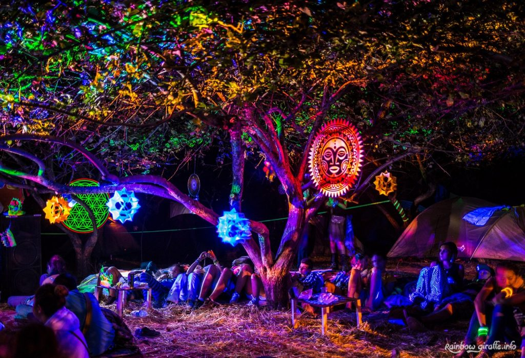 ФОРЭ. Светящееся дерево