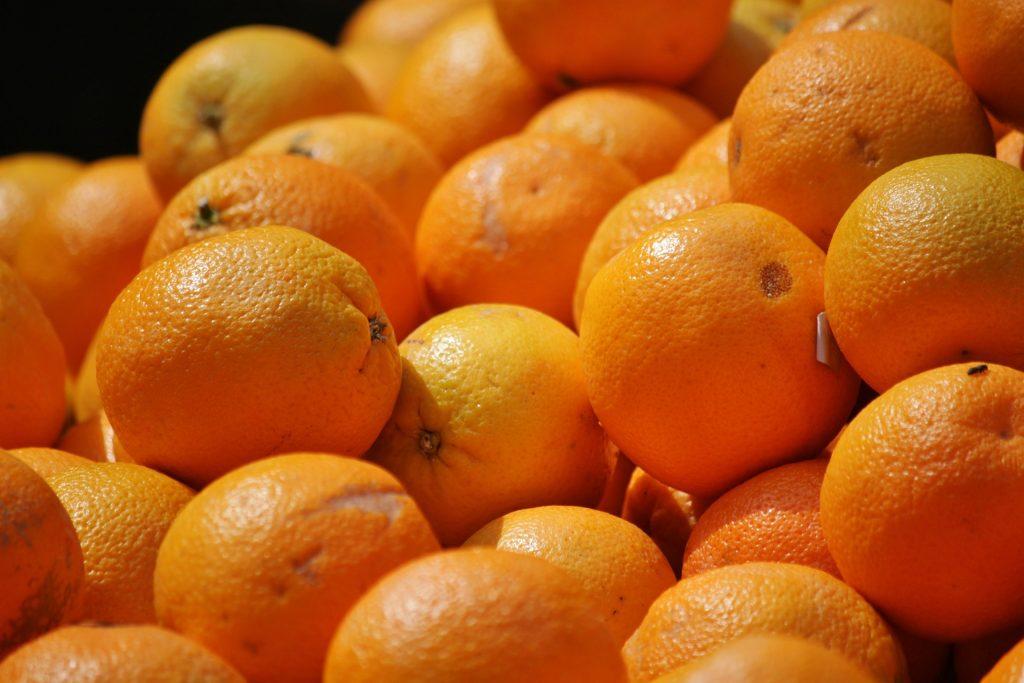 Апельсины Ивреа