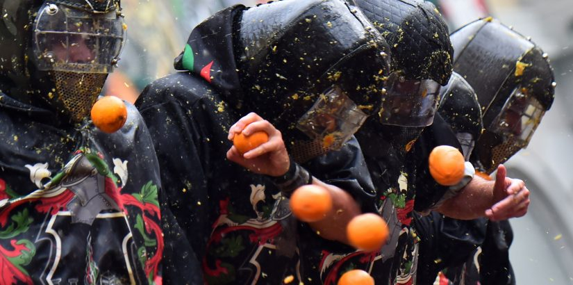 Битва апельсинов в Италии