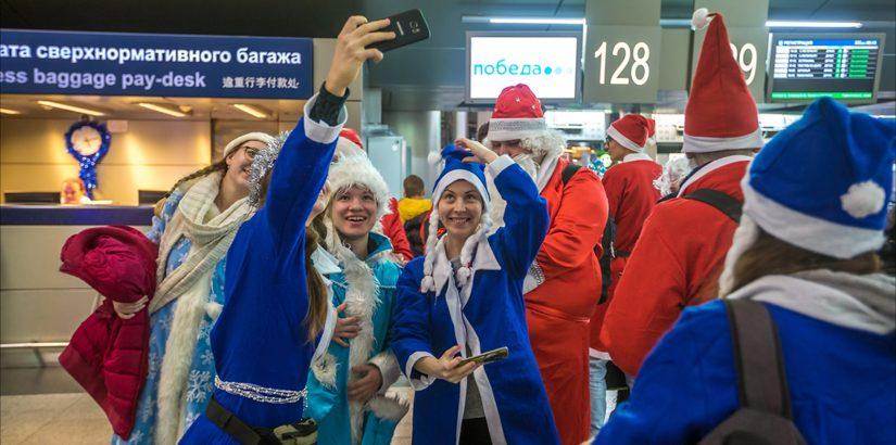Победа: летаем бесплатно в костюме Деда Мороза или Снегурочки