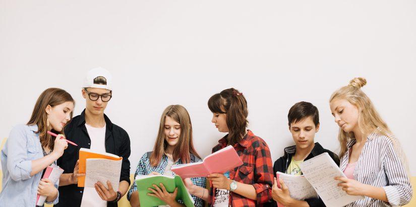 Utair дарит выпускникам скидку в размере максимального балла ЕГЭ